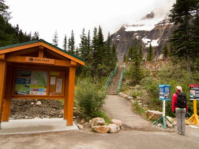 attractions/angel-glacier-mount-edith-cavell/edith-cavell-angel-glacier-jasper-3.jpg