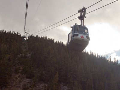 attractions/banff-gondola/banff-gondola-3.jpg
