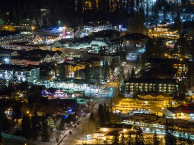 attractions/banff-new-years-eve-fireworks/banff-fireworks-1.jpg
