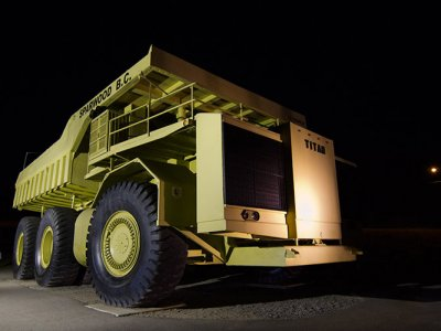 attractions/terex-titan/sparwood-terex-titan-2.jpg