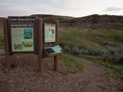 hiking/coulee-viewpoint-trail/coulee-viewpoint-trail-1.jpg