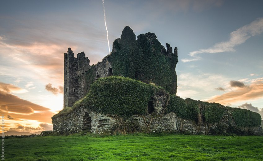Ballycarbery Castle was constructed in the 16th century.